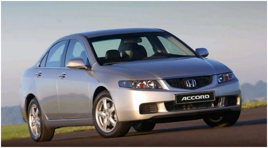 Седан Honda Accord автомобиль не бизнес-класса